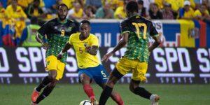 "2-0. ""Bolillo"" Gómez debuta con triunfo de Ecuador sobre una discreta Jamaica"