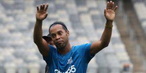 """El Barça """"observará con atención"""" el apoyo de Ronaldinho a Bolsonaro"""