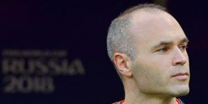 El Vissel Kobe suspende a un jugador por filtrar una noticia sobre Iniesta