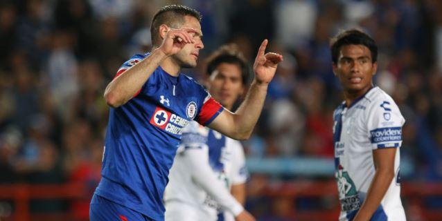 Cruz Azul lidera el Apertura mexicano; Gignac y Furch a los goleadores