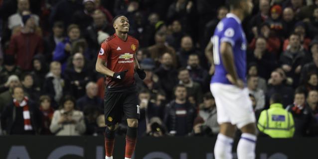 Mourinho coge aire a costa del Everton