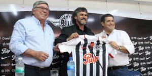 El colombiano Leonel Álvarez quiere ver jugadores de Libertad en la Albirroja