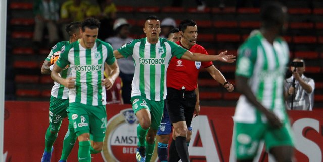 Atlético Nacional vence al Junior y se acerca a los cuartos de final