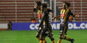 Cinco equipos tras el liderato animan la jornada en el Clausura de Bolivia