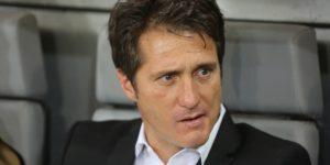 Barros Schelotto no dirigirá a Boca contra Palmeiras tras una sanción de la Conmebol