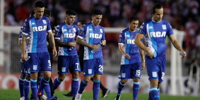 Racing pierde condición de invicto y la Superliga argentina crece en emoción