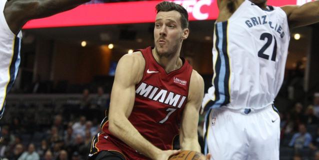 NBA: 20-111. Dragic lidera victoria de Heat, que superan los 42 puntos de Lillard
