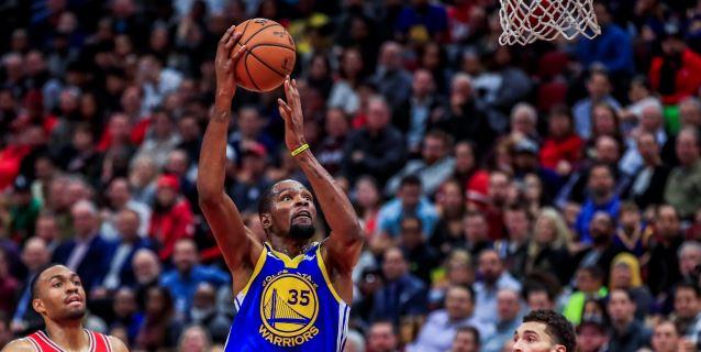 NBA: 124-149. Thompson logra récord en la NBA con 14 triples y ganan los Warriors