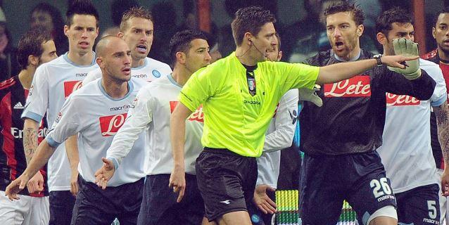 El brasileño Sampaio y el italiano Rocchi, entre los árbitros elegidos