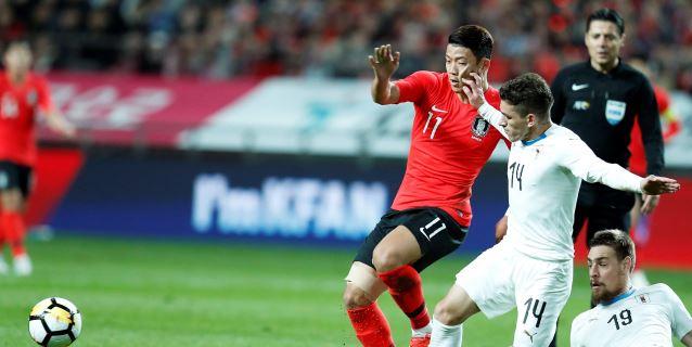 2-1. Un error defensivo provoca la derrota de Uruguay