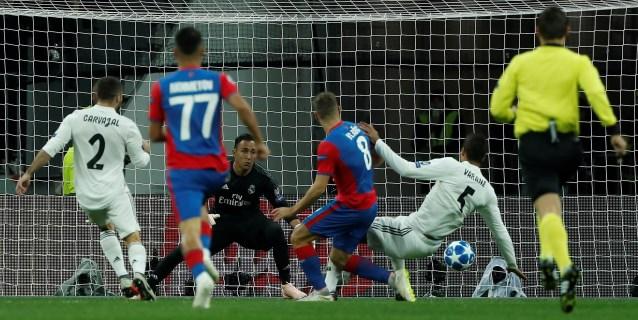 1-0. El Real Madrid cae en Moscú y pone en un aprieto a Lopetegui