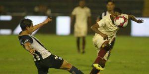 Alianza Lima gana 2 – 1 a Universitario con goles de Godoy y Affonso