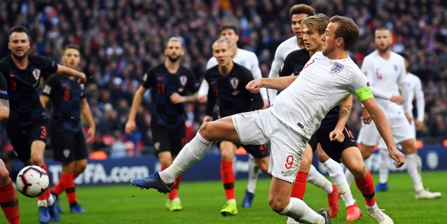 2-1. Inglaterra se viste de fénix, renace y deja a España sin fase final