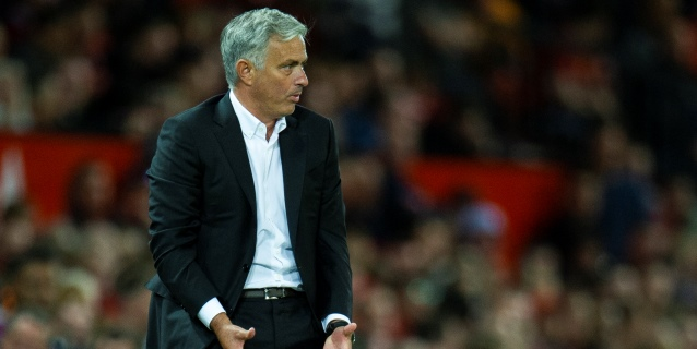 Mourinho cree que el United acabará entre los cuatro primeros de la Premier