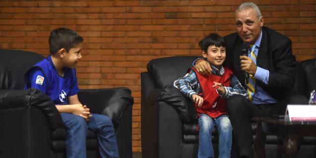 El búlgaro Hristo Stoichkov asegura que Messi es un mito y una mejor persona