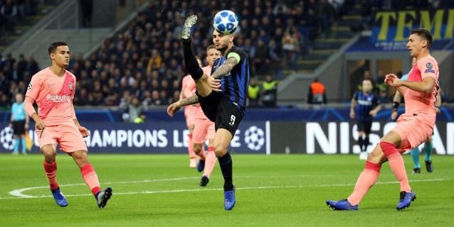 1-1. El Barcelona empata sin Messi en Milán y se mete en octavos