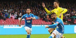 El Nápoles se atasca con el Chievo y el Juventus se queda solo