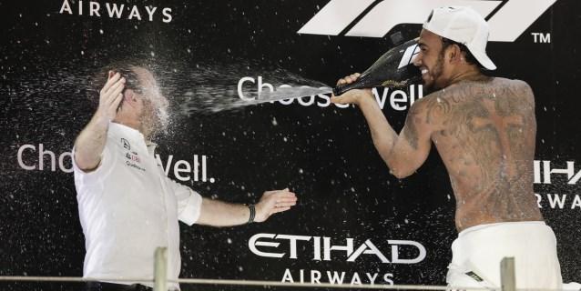 F1: Hamilton lideró el quinto año triunfal de Mercedes en F1, que despidió a Alonso
