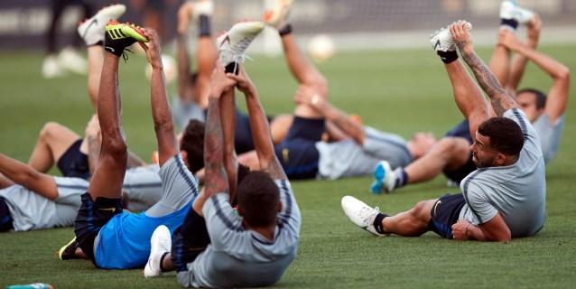 Boca Juniors se entrena sin grandes novedades pensando en la final ante River