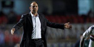 El Fortaleza del técnico Ceni garantiza el ascenso a la primera división en Brasil