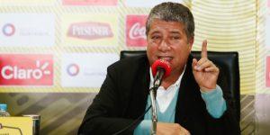 """Hernán Gómez pide humildad en Ecuador, """"respetar un poquito más"""""""