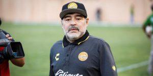 """Maradona: """"Los chicos están haciendo que me sienta jugador de fútbol"""""""