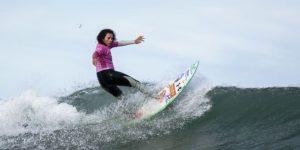 SURF: Analí Gómez se coronó en el Mundial de surf femenino en Pichilemu