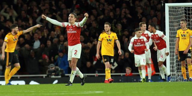 Mkhitaryan araña un punto para un Arsenal que lleva tres empates seguidos