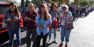 El deporte profesional estadounidense se une a los familiares de las víctimas del tiroteo en California