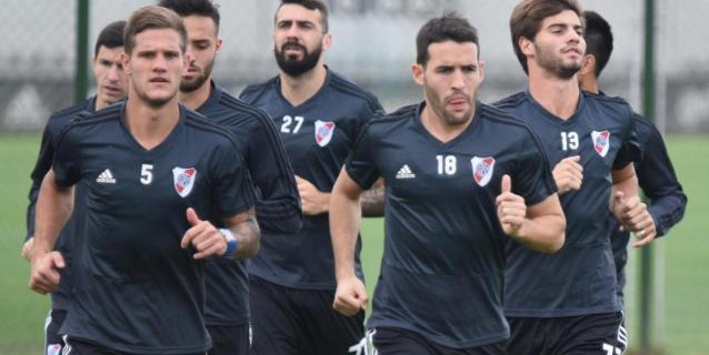 River Plate busca solucionar la ausencia de Ponzio en la Bombonera