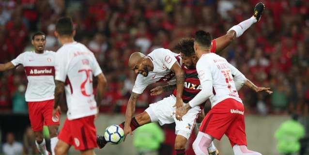El Inter remonta con gol D'Alessandro y es el nuevo escolta del Palmeiras