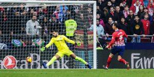 3-0. El Atlético golpea, resiste y sentencia