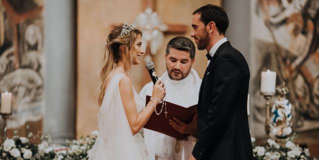 Una ceremonia de ensueño selló el casamiento de Diego Godín y Sofía Herrera