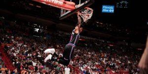 """NBA: Los Heat cortan la racha triunfal de los Rockets; los Clippers superan al """"fenómeno"""" Doncic"""