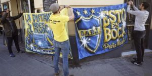 Los aficionados de Boca en Madrid se preparan para la final de sus vidas