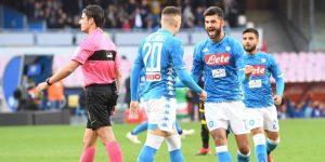 El Nápoles golea al Frosinone, sigue estela del Juventus y se aleja del Inter