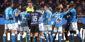 La Serie A cierra la primera vuelta tras un fin de año de violencia