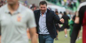 Uruguayo Siboldi ficha como técnico de Veracruz y promete equipo competitivo