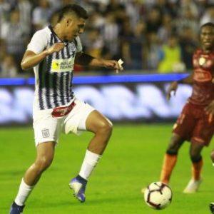 """Alianza venció 3-0 a Barcelona de Ecuador en la """"Noche blanquiazul"""""""