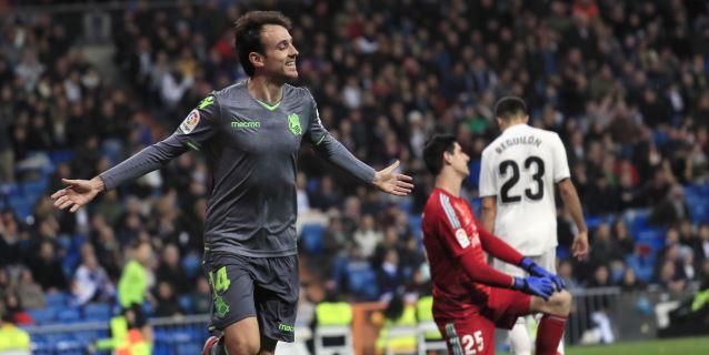 0-2. Un Real Madrid gafado se baja del tren de la Liga