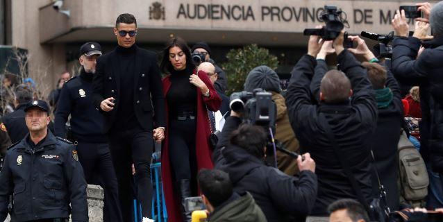 Cristiano afirma que todo ha ido 'perfecto' a su salida de la Audiencia
