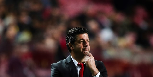 El Benfica destituye al entrenador Rui Vitória