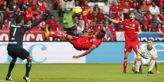 El colombiano Borja agradece al Toluca antes de emigrar al fútbol de Portugal