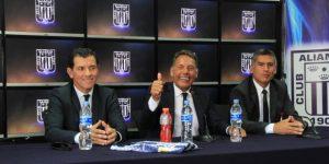 El argentino Russo se declara ilusionado al llegar al banco de Alianza Lima