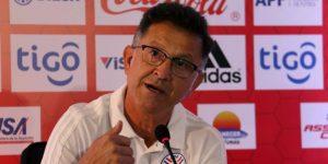 Osorio encabeza la delegación paraguaya en el sorteo de la Copa América en Brasil