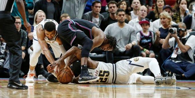 NBA: 99-103. Jokic logra un triple-doble en la victoria de los Nuggets sobre los Heat
