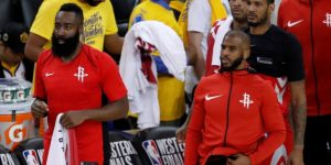 NBA: 134-135. Harden silencia y se venga de los campeones con triples decisivos
