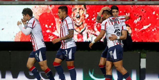 El Guadalajara vence 2-0 al Tijuana con goles de Pulido y Brizuela