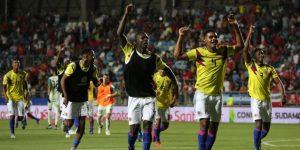 """0-1. Colombia sepulta los sueños de Chile y avanza con un gol """"milagroso"""""""