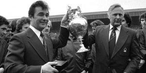 La leyenda de los Clough, contra el Manchester City